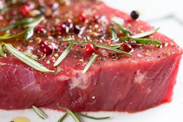 kořeněný steak