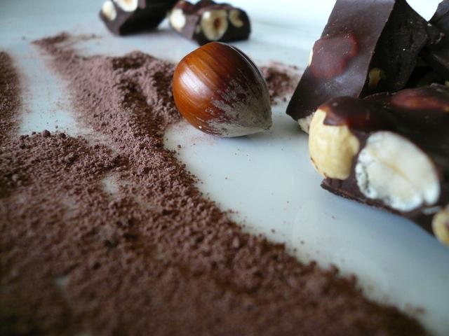lískové oříšky v tabulce čokolády
