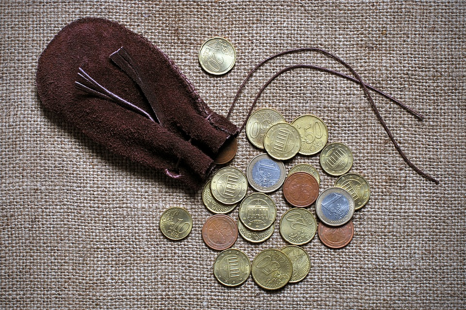 vysypaná eura